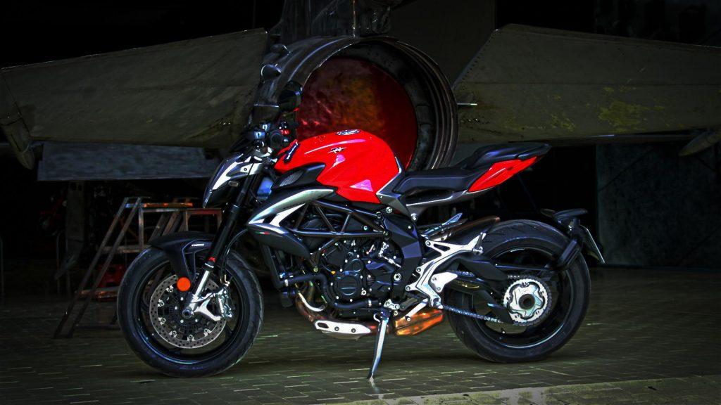 mv-agusta-brutale-800-prova-test-72