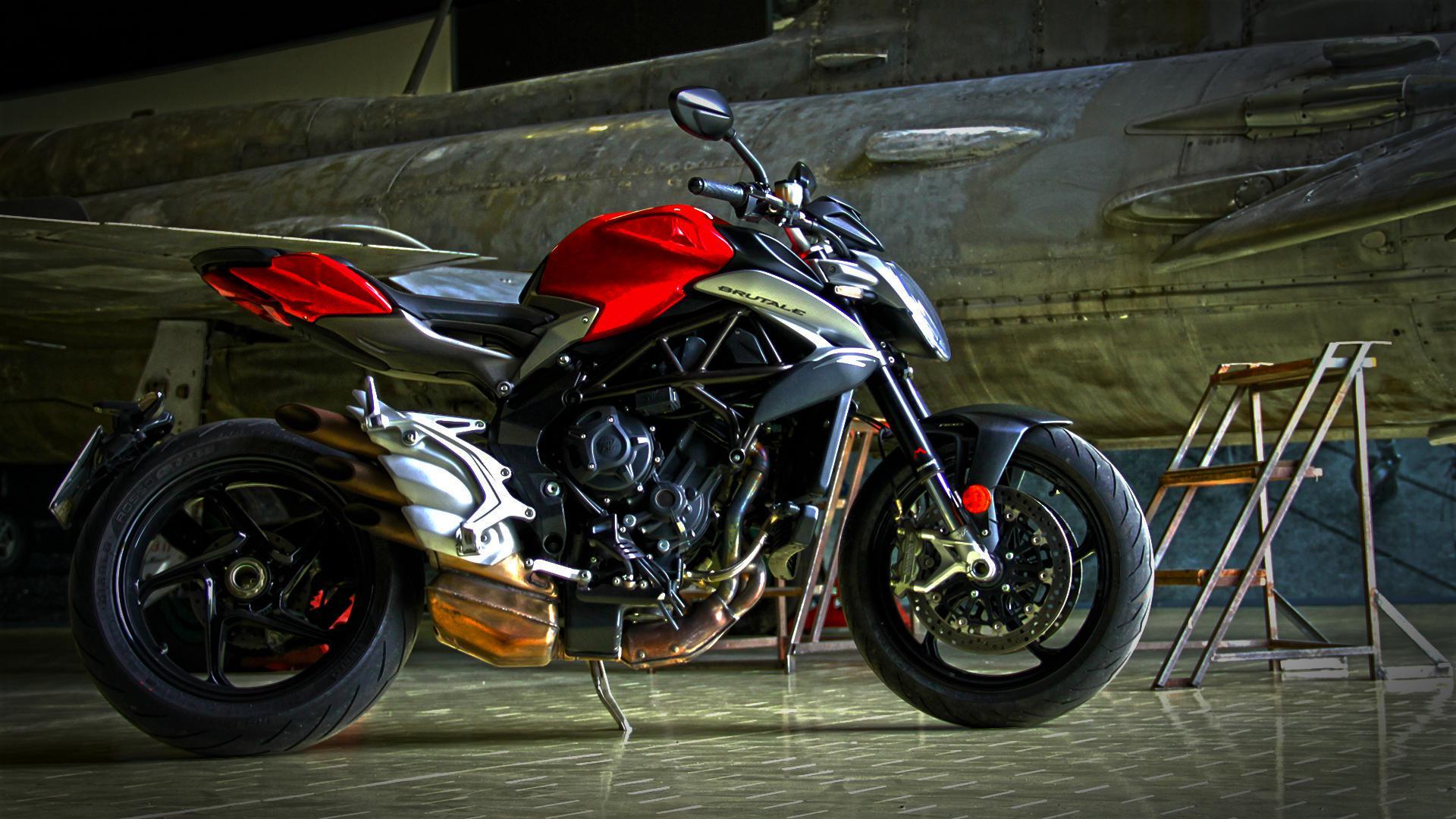mv-agusta-brutale-800-prova-test-75