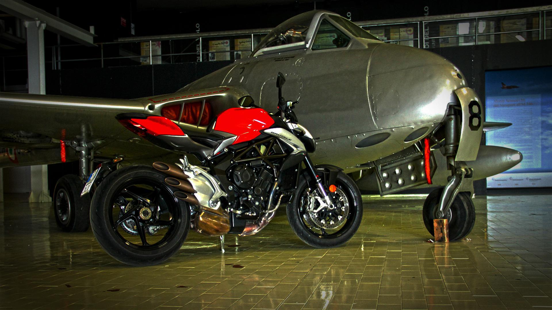 mv-agusta-brutale-800-prova-test-77