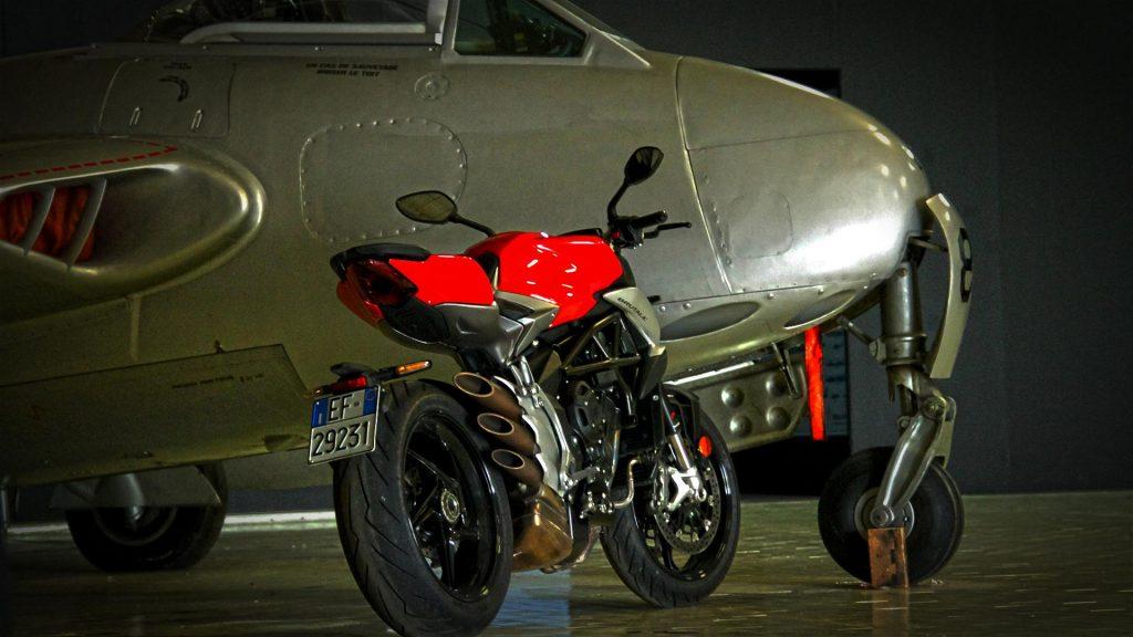 mv-agusta-brutale-800-prova-test-78