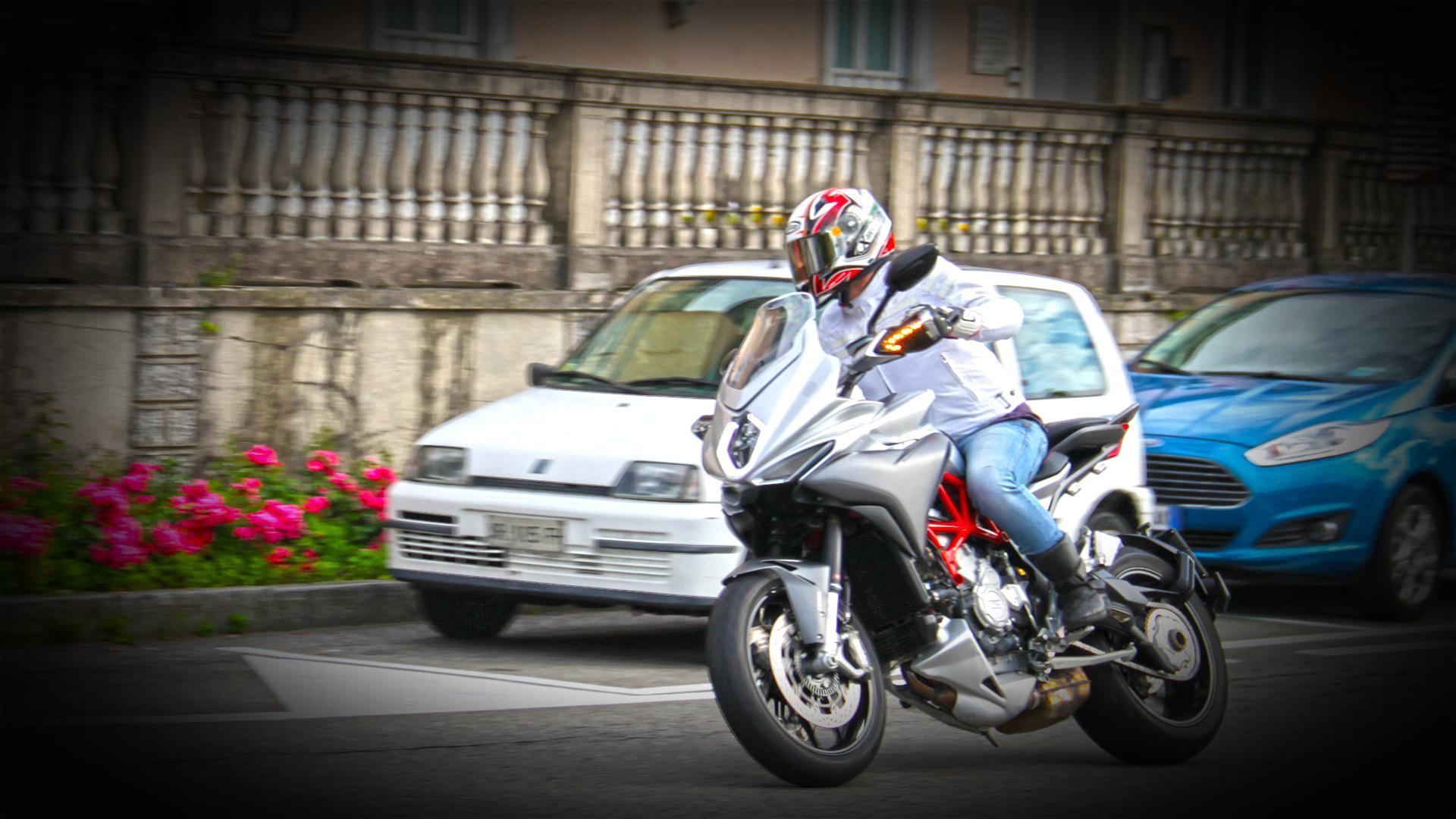 mv-agusta-turismo-veloce-prova-test-100