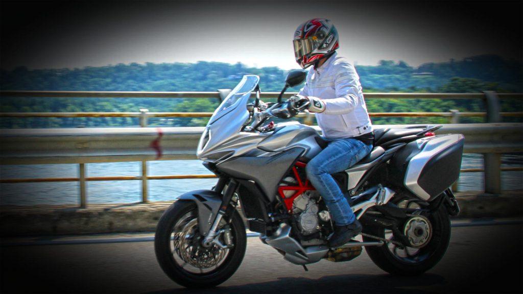 mv-agusta-turismo-veloce-prova-test-36
