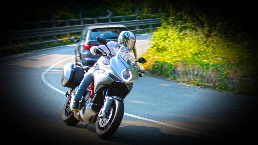 mv-agusta-turismo-veloce-prova-test-71