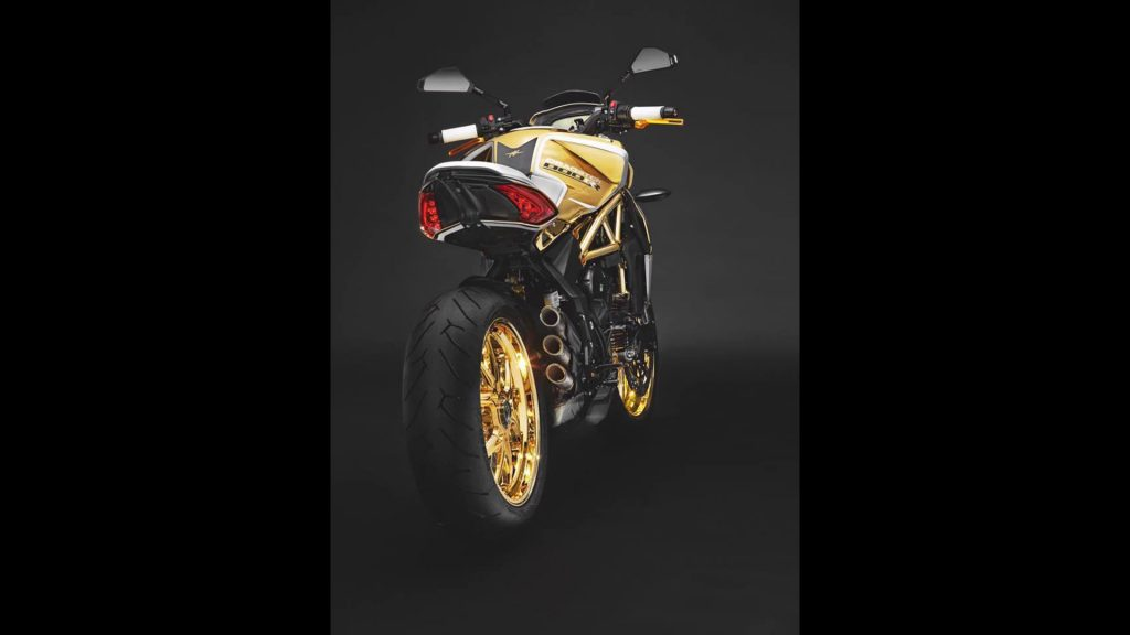 mv-agusta-dragster-800-rr-one-off
