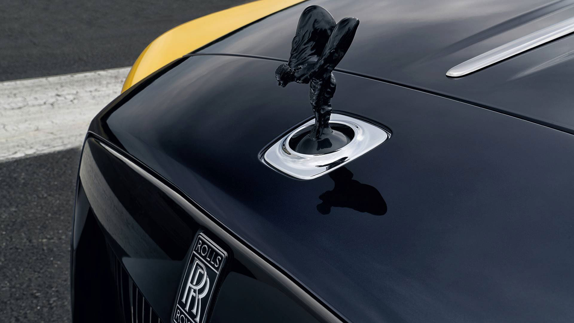 rolls-royce-dawn-black-badge-bespoke