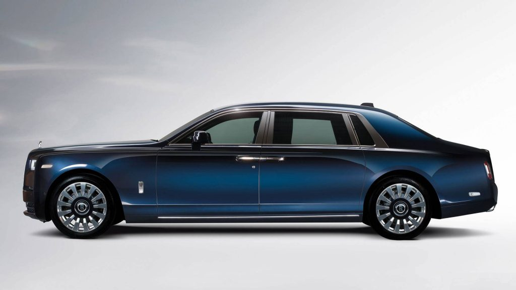 rolls-royce-phantom-a-moment-in-time