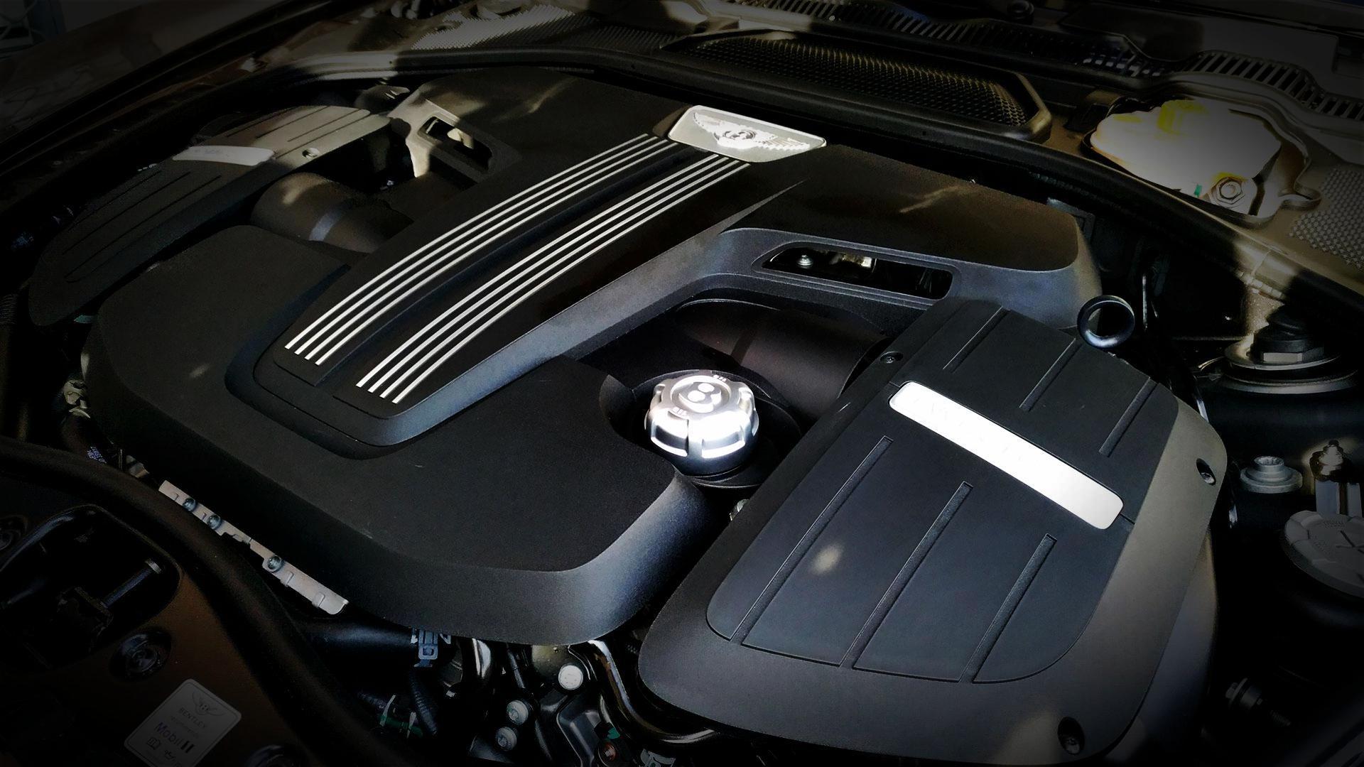 bentley-continental-gt-v8s-convertible-black-edition-prova-tes