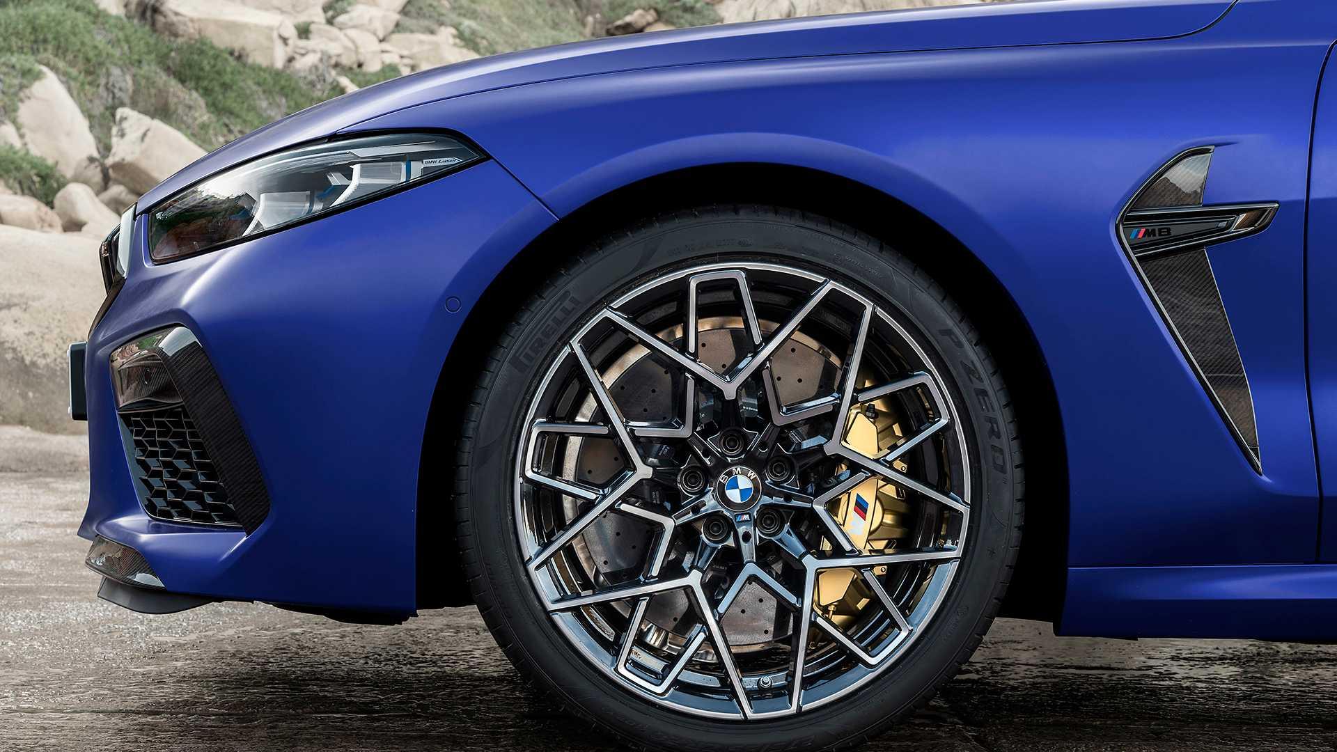 bmw-m8-coupé-cabriolet-competition
