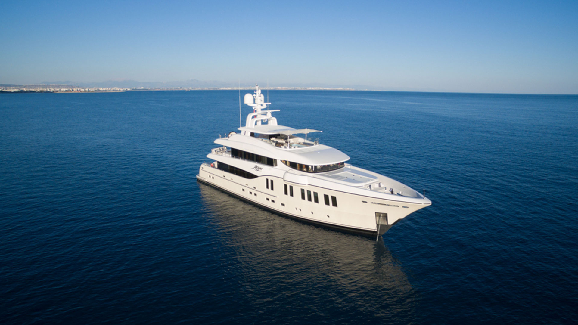 Alia Yachts Rüya: lusso e stile in 41.30 metri