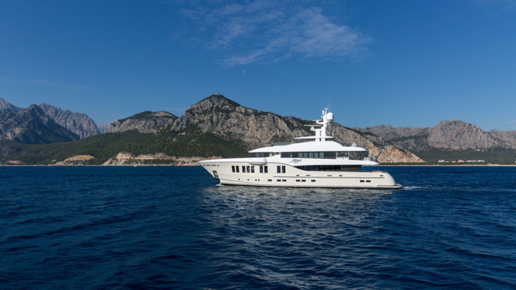 alia-yachts-ruya