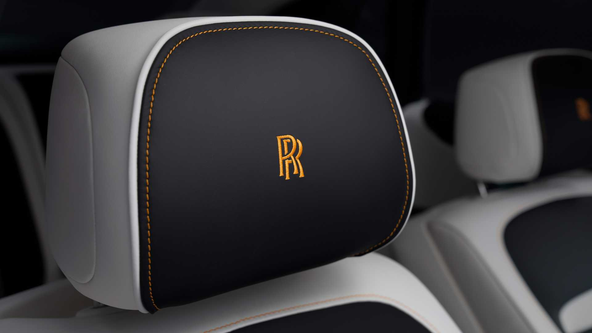 rolls-royce-ghost-extended