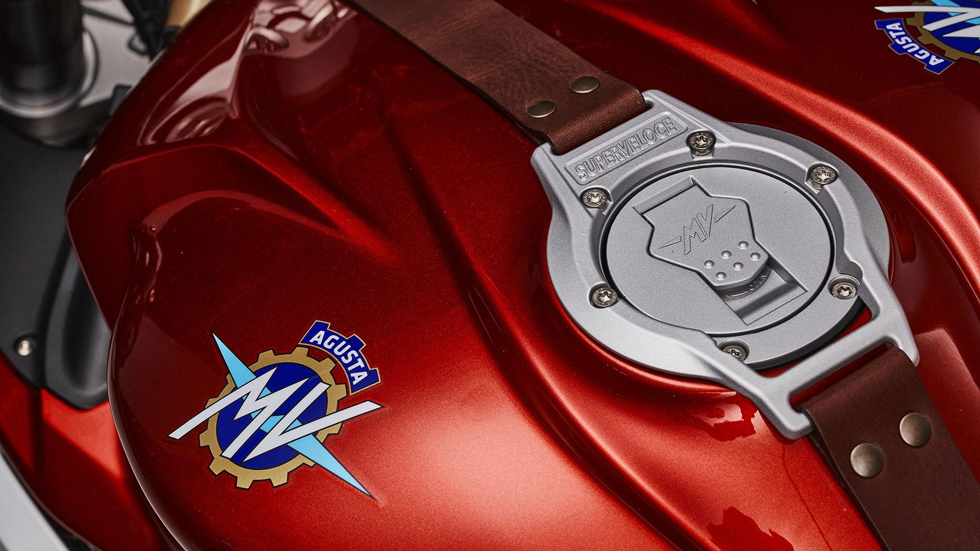 mv-agusta-superveloce-75esimo-anniversario