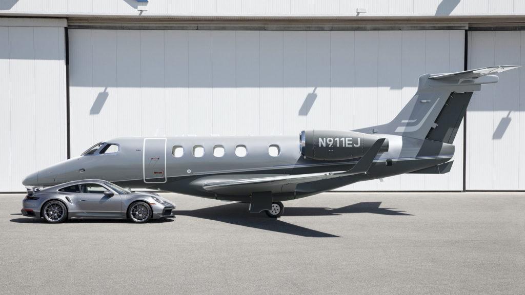 embraer-phenom-300e-porsche-911-turbo-s-duet