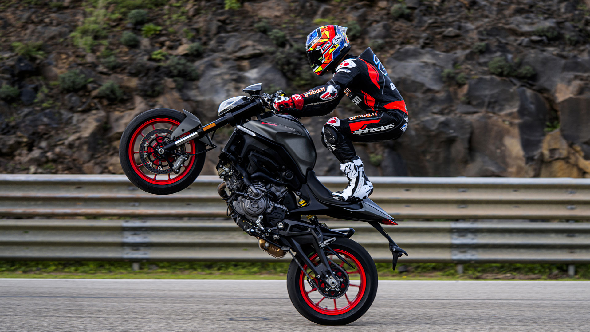nuova-ducati-monster