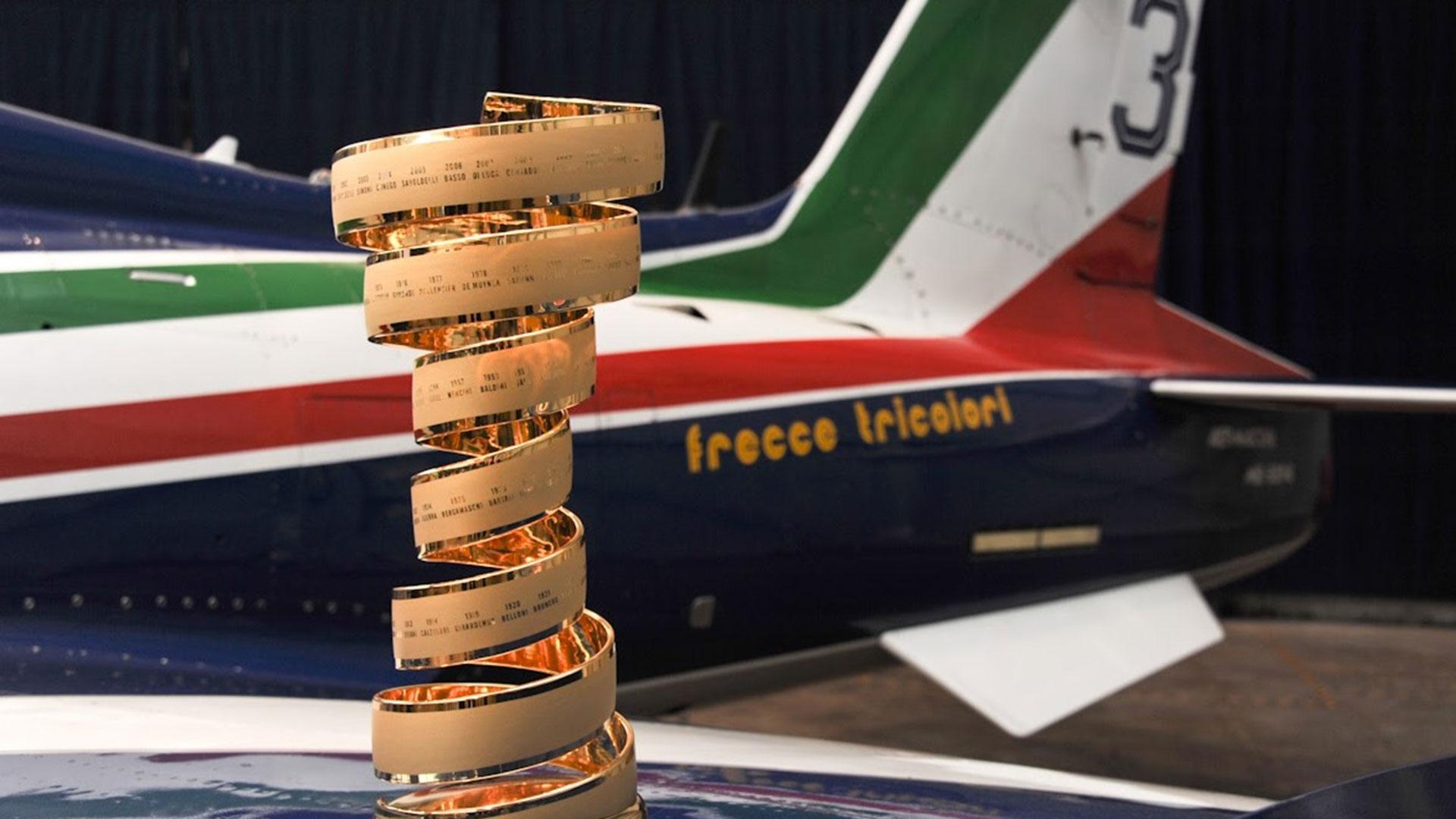 frecce-tricolori-60-anni-pan-pattuglia-acrobatica-nazionale-aeronautica-militare-(10)