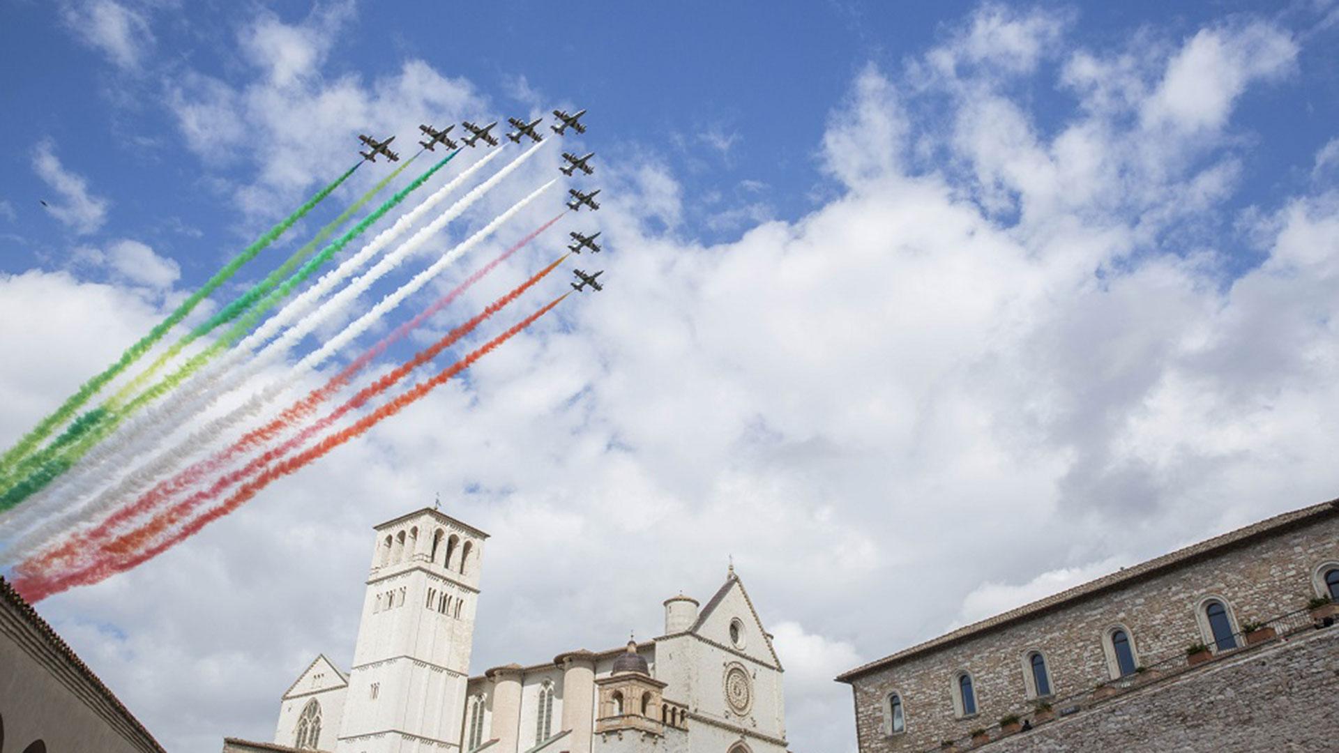 frecce-tricolori-60-anni-pan-pattuglia-acrobatica-nazionale-aeronautica-militare-(12)