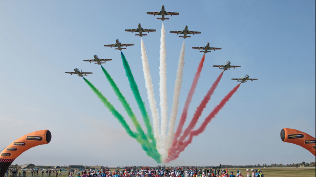 frecce-tricolori-60-anni-pan-pattuglia-acrobatica-nazionale-aeronautica-militare-(2)