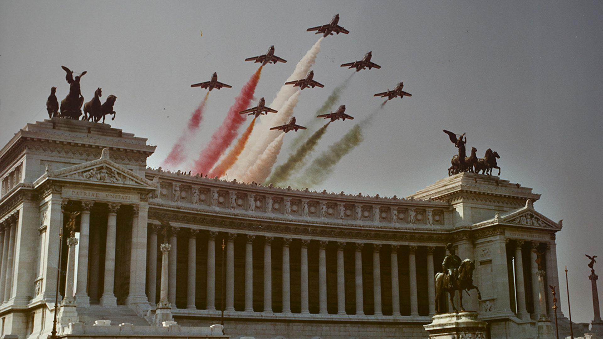 frecce-tricolori-60-anni-pan-pattuglia-acrobatica-nazionale-aeronautica-militare-(60)