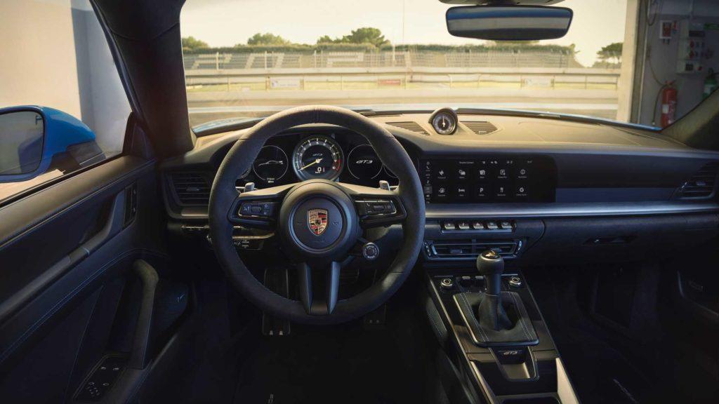 nuova-porsche-911-gt3-992