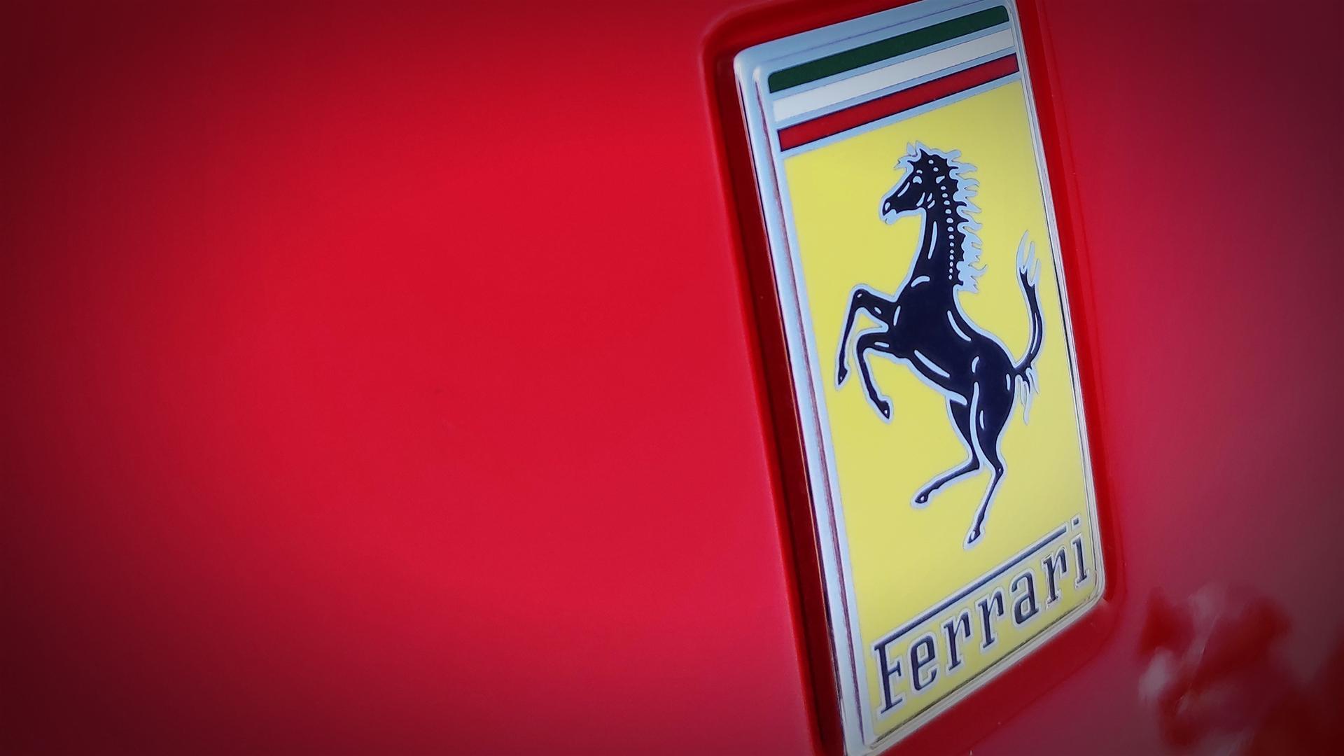 fabio-barone-ferrari-f8-tributo-ferrari-guinness-world-record-2021-test-(1)