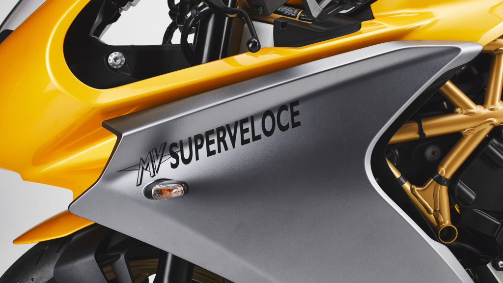 mv-agusta-superveloce-800-my-2021