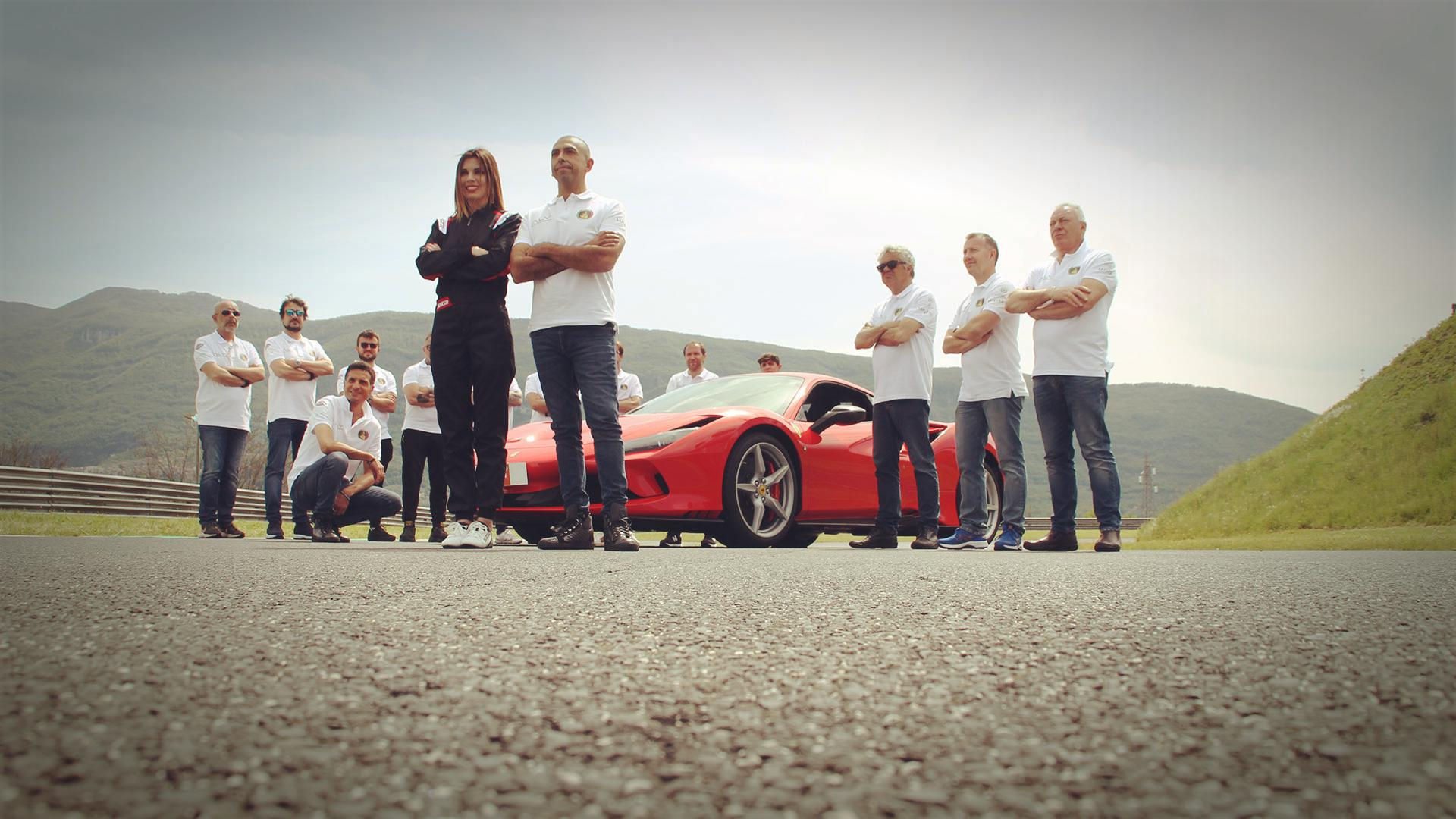 fabio-barone-ferrari-f8-tributo-guinness-world-record-2021-test-(144)