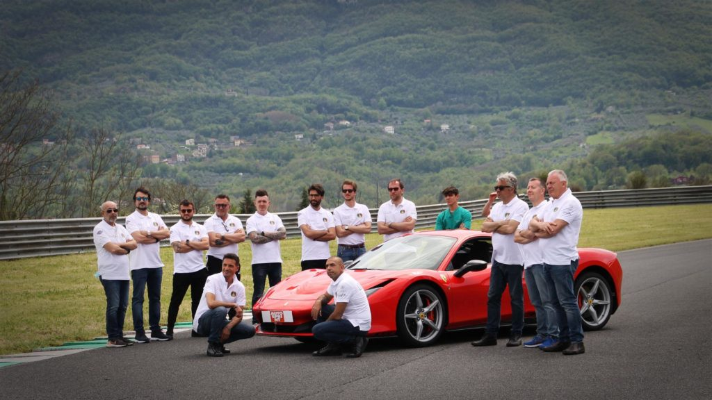 fabio-barone-ferrari-f8-tributo-guinness-world-record-2021-test-(147)