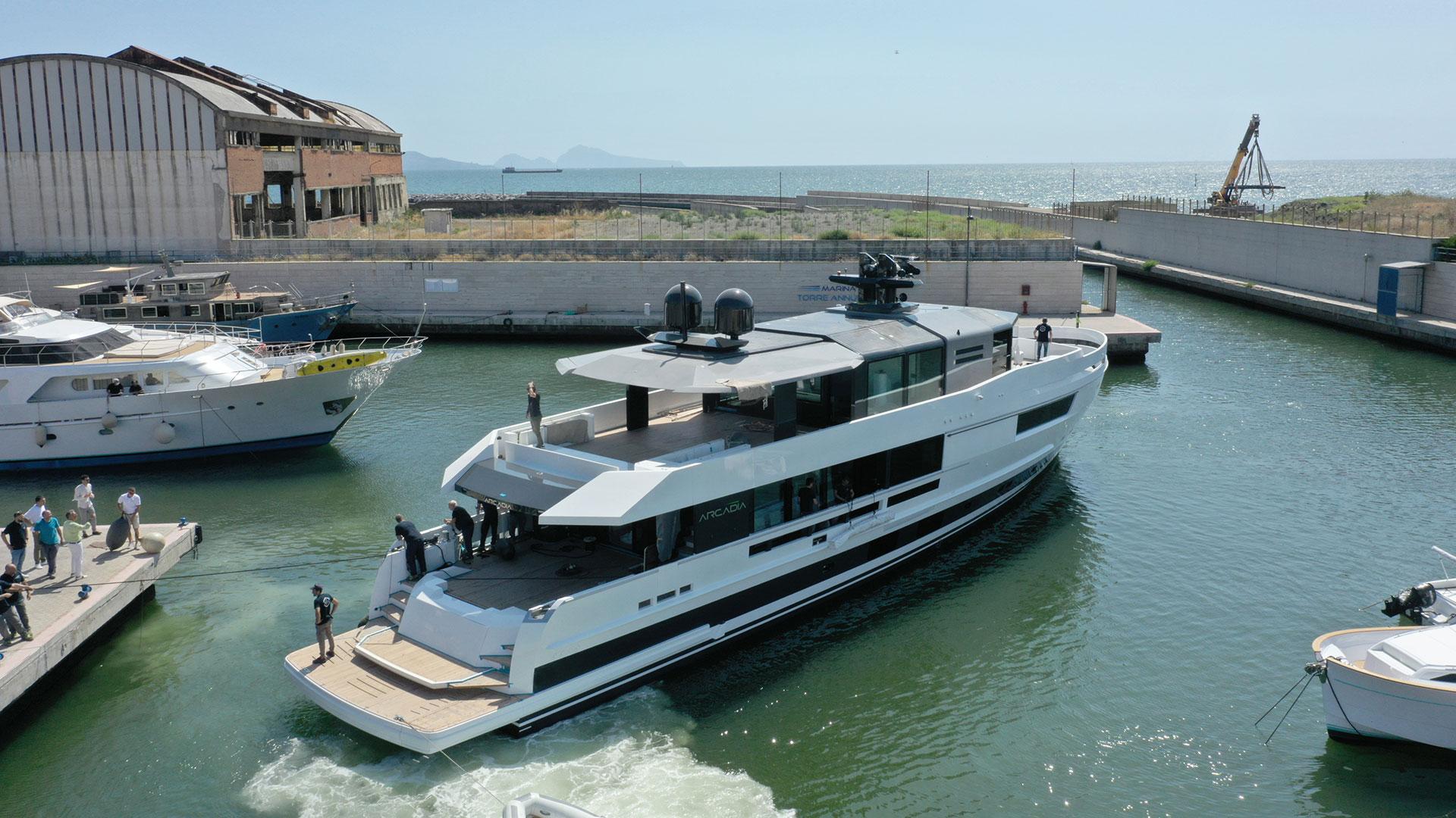 arcadia-yachts-a115
