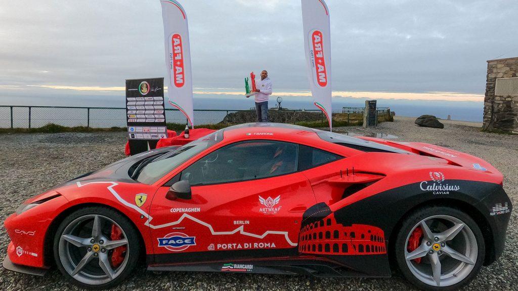 ferrari-guinness-world-record-2021-f8-tributo-fabio-barone-alessandro-tedino-roma-capo-nord-(2)
